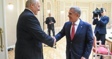 Tataristan Cumhurbaşkanı Minsk'te Belorus Cumhurbaşkanı ile görüştü